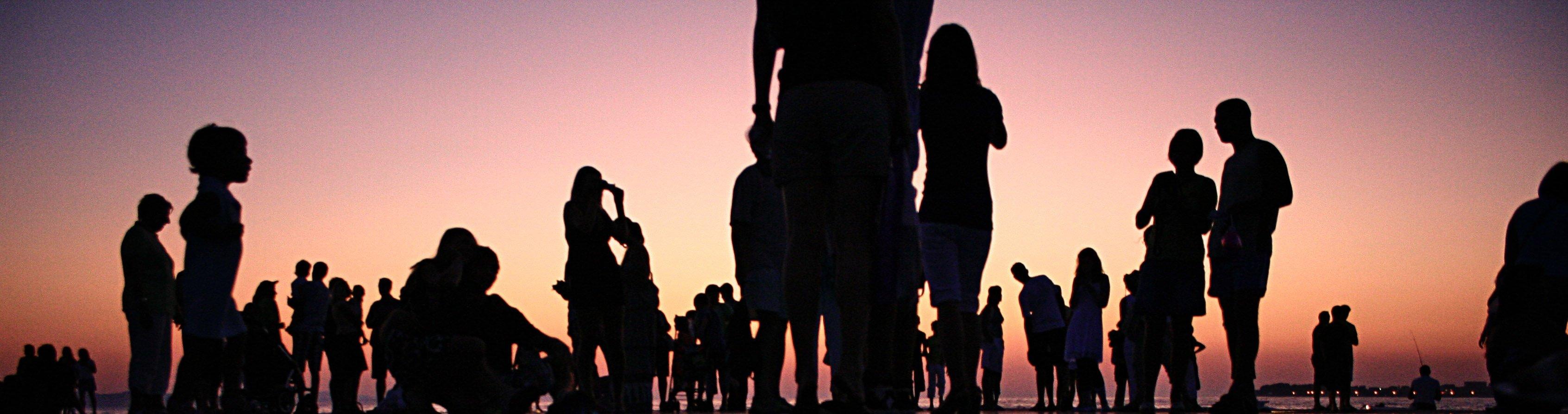 Sunset crowd - v2 banner